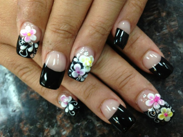 Amazing Flower Black French Tip Nail Design Idea