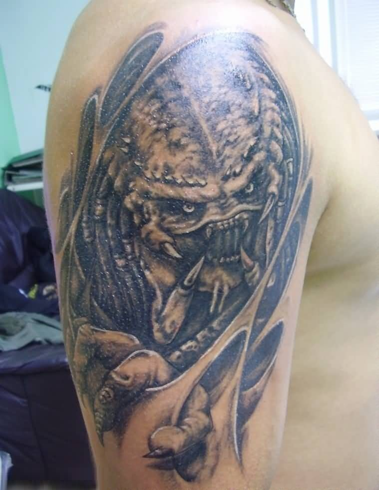 40 tremendous alien predator ufo tattoos