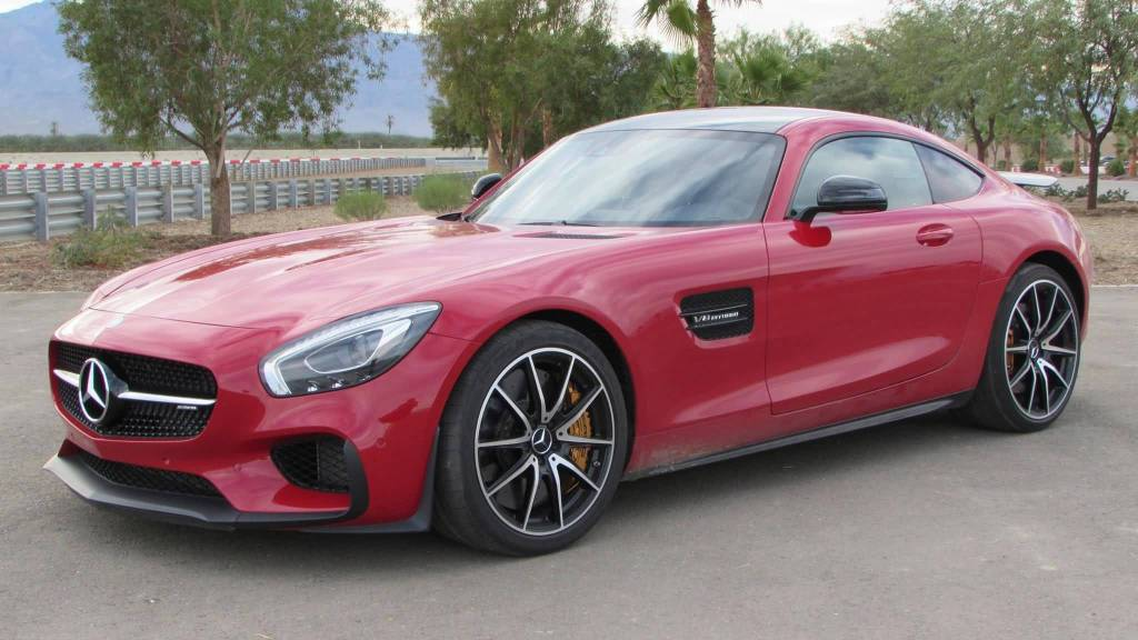 Wonderful Body View Of Red Mercedes-Benz AMG S Car