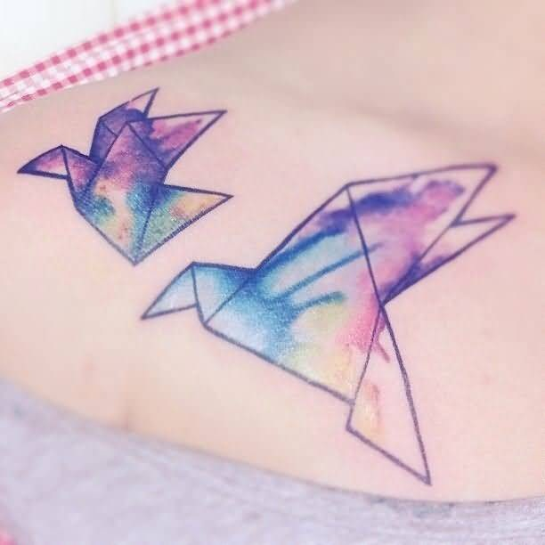 Simple But Amazing Aqua Paper Birds Tattoo On Girl Collarbone
