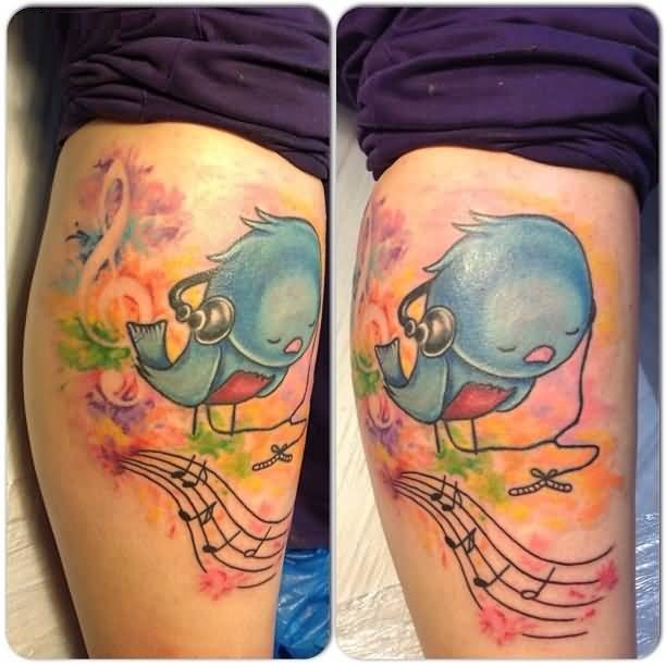 Wonderful Aqua Tattoo Of Bird Listening Song On Leg