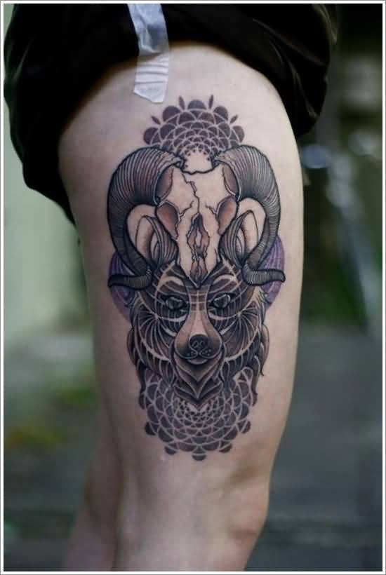 Men Leg Decorated With Amazing Bear and Aries Skull Tattoo Design