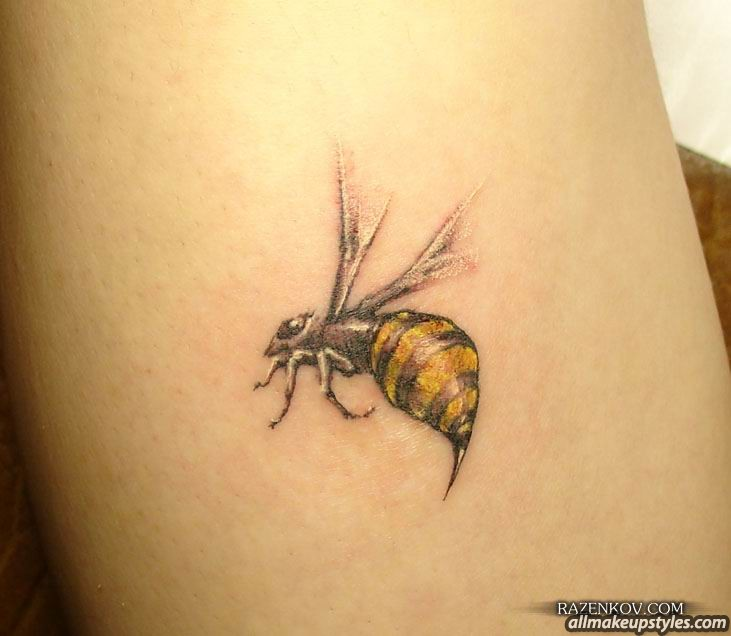 50 realistic bee tattoos designs ideas gallery. Black Bedroom Furniture Sets. Home Design Ideas
