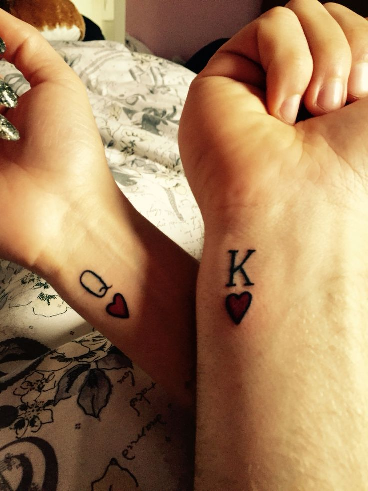 Famous King Queen Sign Tattoo For Couple Side Wrist