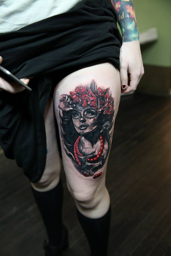 Brilliant Thigh Tattoos Designs