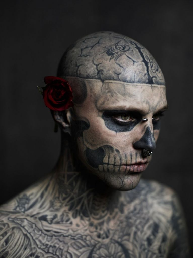 Extreme Face Tattoo Designs