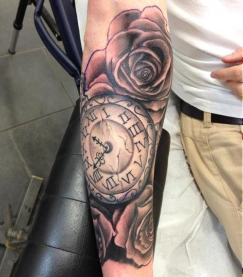 Outstanding Clock Tattoos Designs