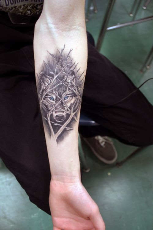 Outstanding Forearm Tattoos Design