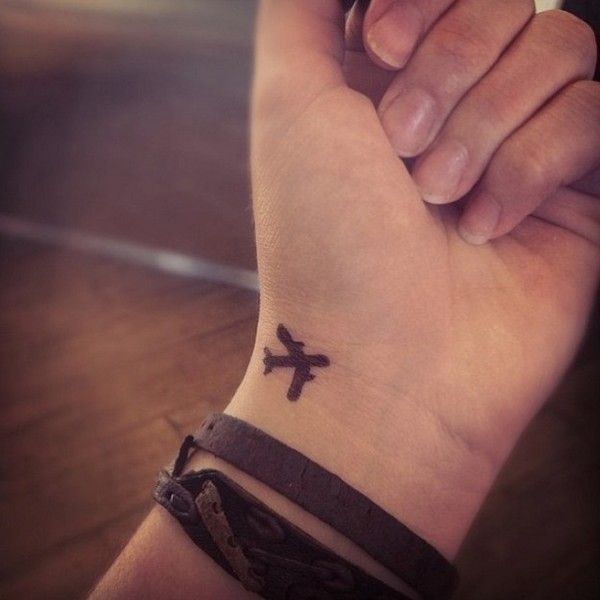 Outstanding Wrist Tattoos Designs