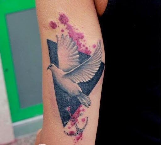 Charming Dove Tattoos Designs