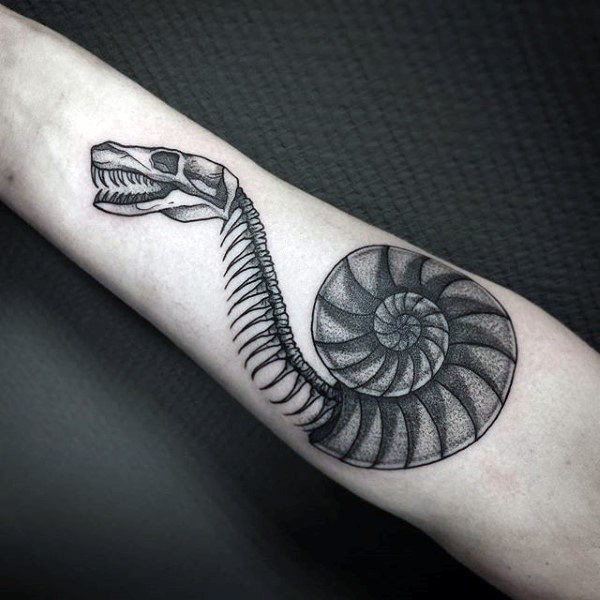 Good Dotwork Tattoos Ideas